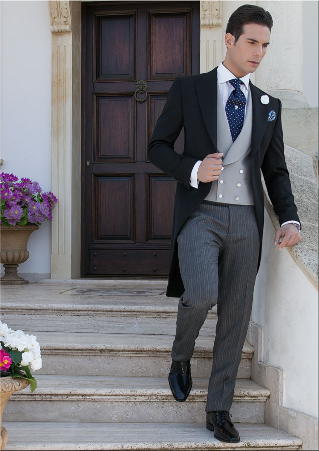 Wedding Suit Via Theweddingdresser