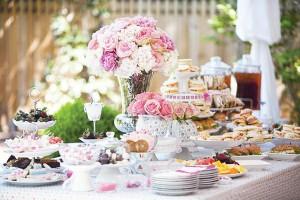 vintage-dish-host-afternoon tea - honeybeevintagebridal.com