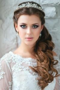 wedding tiara via pinterest