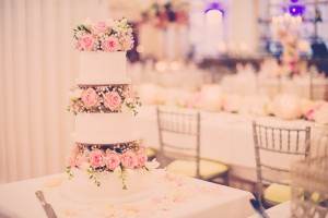 Classic white & pink Wedding Cake