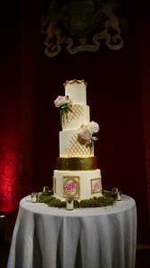 royal style wedding cake