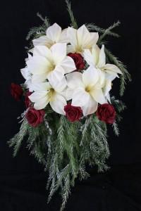 christmas-bride-bouquet